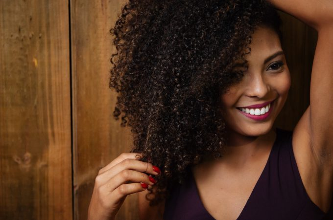 The 6 Best Natural Hair Products for Curls and the Best Curly Method