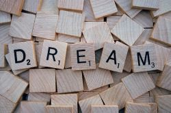 How to Manifest Your Dreams into Reality With 3 Fun Steps