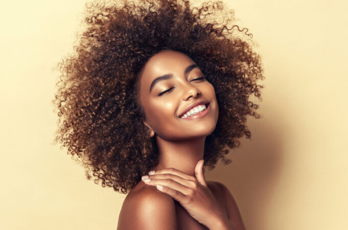 How to Naturally Tan and Brown the Skin